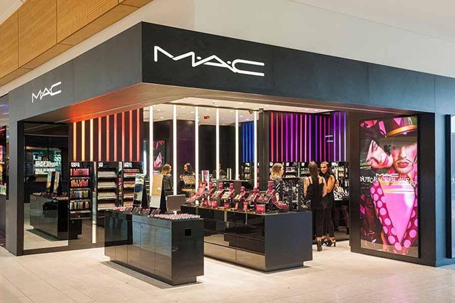 Mua Son MAC chính hãng tại Showroom trực thuộc quản lý của MAC